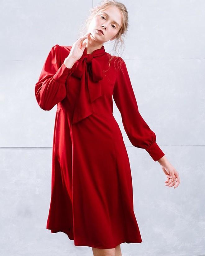 Vô vàn những thiết kế váy áo xinh xắn giá chưa quá 900 ngàn để các nàng diện thật xinh trong ngày 8/3 - Ảnh 6.