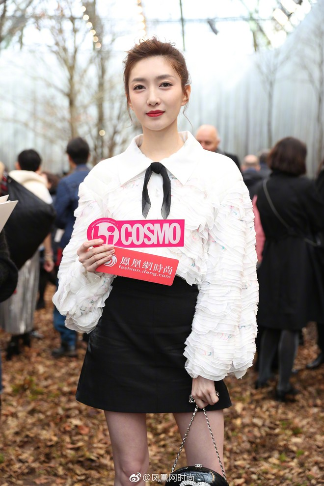 Có show nào xôm hơn Chanel: Dàn sao hot Hoa-Hàn-Thái hội tụ, cùng lạc lối trong khu rừng mùa thu - Ảnh 7.