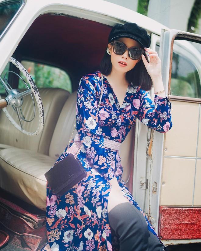 Cứ đến đầu mùa Xuân/Hè là những thiết kế váy hoa lại rộ lên với đủ mọi kiểu dáng  - Ảnh 21.