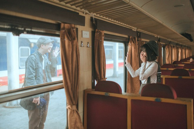 Yêu xa - bộ ảnh kỷ niệm tình yêu khiến MXH sốt xình xịch vì quá trong trẻo - Ảnh 2.