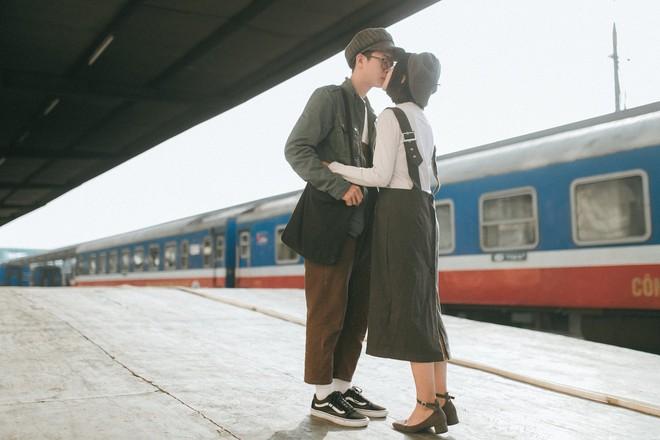 Yêu xa - bộ ảnh kỷ niệm tình yêu khiến MXH sốt xình xịch vì quá trong trẻo - Ảnh 10.