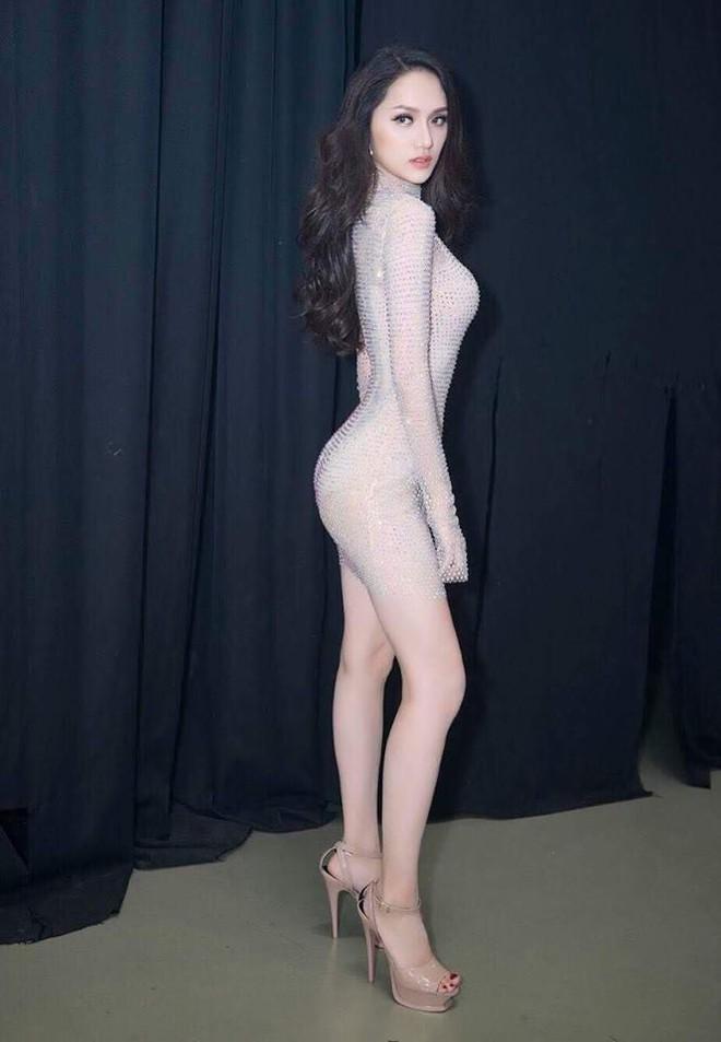 Cùng ngắm lại những thiết kế Việt giúp Hương Giang tỏa sáng tại Hoa hậu chuyển giới quốc tế 2018 - Ảnh 7.