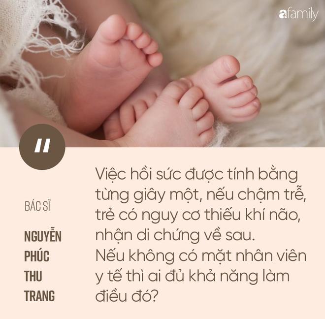 Thêm bác sĩ lên tiếng về sinh con thuận tự nhiên Lotus Birth: Phản khoa học, không ít trường hợp trẻ tử vong và bố mẹ đã phải đi tù - Ảnh 1.