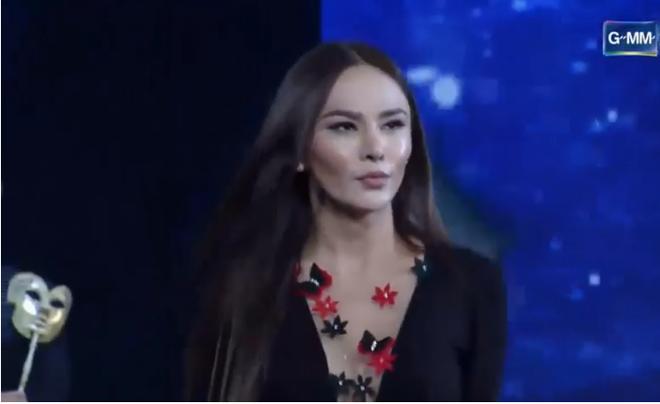 Trực tiếp: Hương Giang xuất sắc lọt top 12 Miss International Queen 2018 - Ảnh 10.