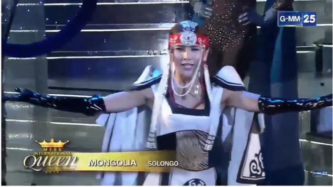 Trực tiếp: Hương Giang xuất sắc lọt top 12 Miss International Queen 2018 - Ảnh 20.