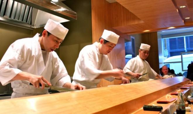 Cách khẳng định quyền bình đẳng nữ giới cực đặc biệt của một nhà hàng sushi ở Nhật và câu chuyện thú vị đằng sau - Ảnh 1.