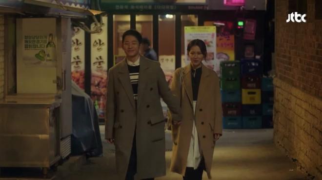 Yêu trai trẻ sáng láng như Joon Hee mà chị đẹp Jin Ah cứ mãi xuề xòa từ trang phục đến đầu tóc thế này kể cũng thấy lo lo - Ảnh 28.