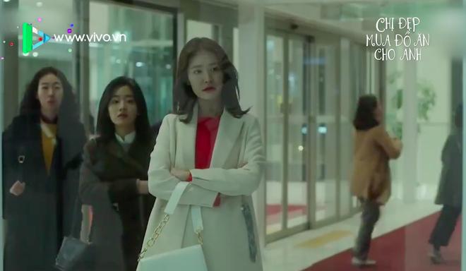 Yêu trai trẻ sáng láng như Joon Hee mà chị đẹp Jin Ah cứ mãi xuề xòa từ trang phục đến đầu tóc thế này kể cũng thấy lo lo - Ảnh 16.