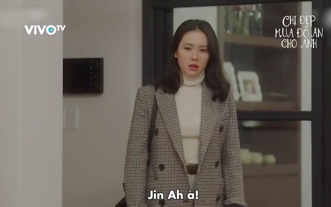 Yêu trai trẻ sáng láng như Joon Hee mà chị đẹp Jin Ah cứ mãi xuề xòa từ trang phục đến đầu tóc thế này kể cũng thấy lo lo - Ảnh 22.