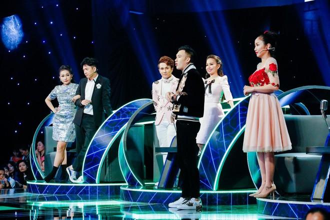 Dương Triệu Vũ chiêu dụ cặp đôi đẹp trai xinh gái bằng danh ca Hương Lan - Ảnh 2.