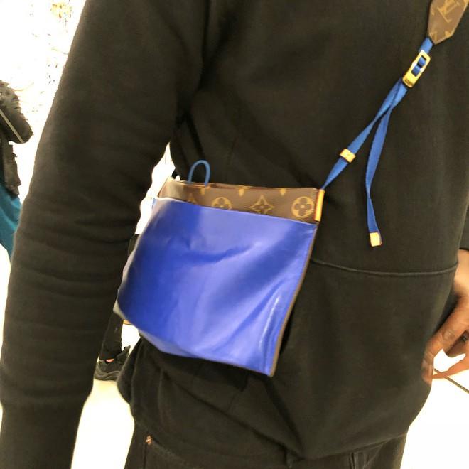 Đố bạn: Tìm sự khác biệt giữa mẫu túi mới của Louis Vuitton với túi đựng áo mưa  - Ảnh 4.