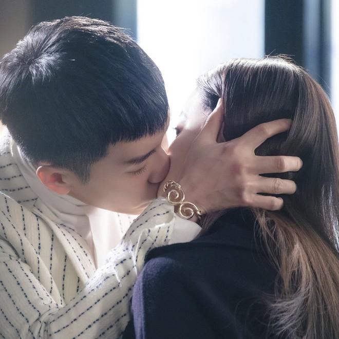 Nhờ phim Hàn mà loạt phụ kiện nhỏ xinh này bỗng nhiên trở thành cơn sốt  - Ảnh 5.