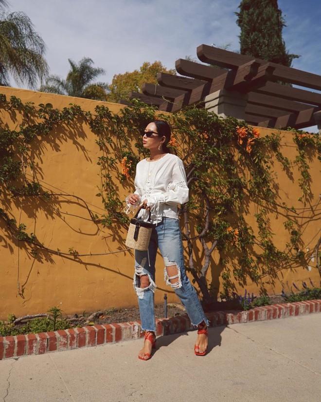 Khởi động mùa du lịch qua loạt street style siêu thú vị của các quý cô châu Á - Ảnh 12.