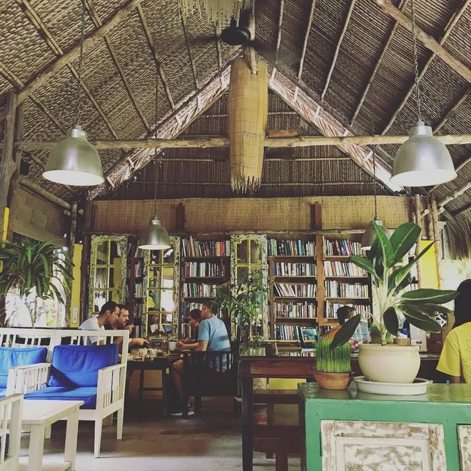 4 quán cafe có khu chơi để bố mẹ đưa trẻ đi trốn trong đợt nóng gay gắt của Sài Gòn - Ảnh 5.