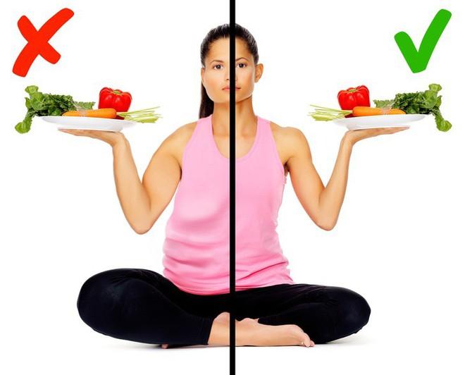 Nếu quyết tâm giảm cân mãi vẫn không thành, rất có thể bạn đang mắc phải một trong những sai lầm dưới đây - Ảnh 2.