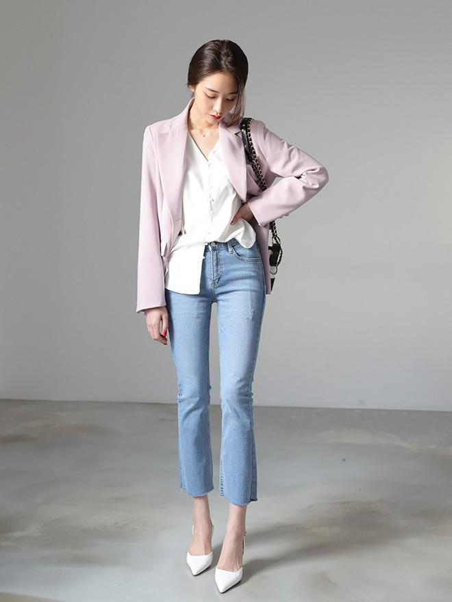 4 lưu ý giúp bạn diện quần jeans ống vẩy max đẹp - Ảnh 8.