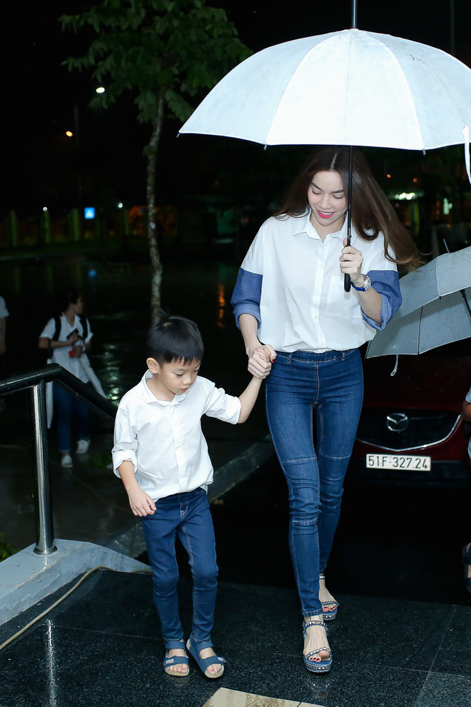 3 cặp mẹ con nhà sao Việt: cứ hở ra là thấy mặc đồ đôi đồng điệu với nhau - Ảnh 13.