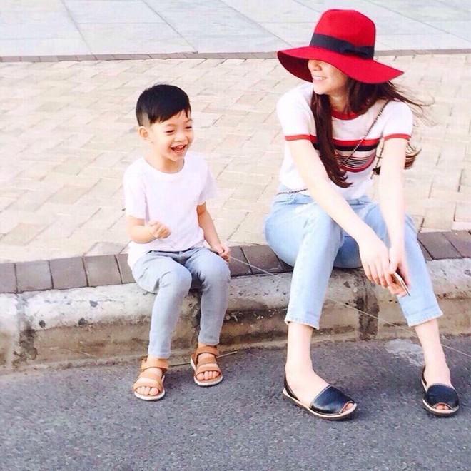 3 cặp mẹ con nhà sao Việt rất chăm mặc đồ đôi đồng điệu cùng nhau - Ảnh 14.