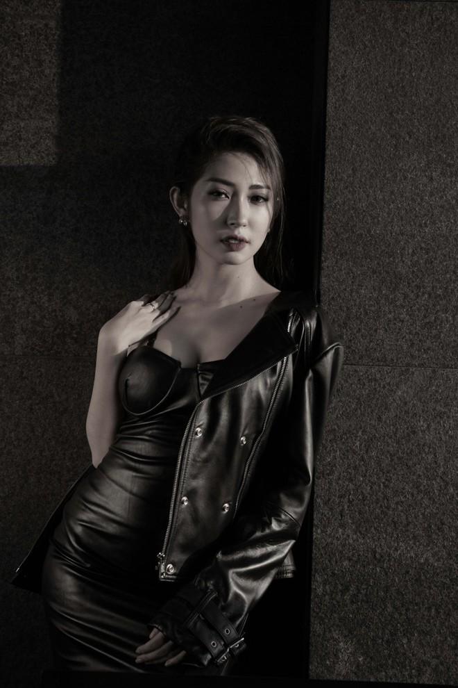 Khổng Tú Quỳnh lột xác gợi cảm lần đầu bắt tay cùng rapper hàng đầu underground - Ảnh 3.