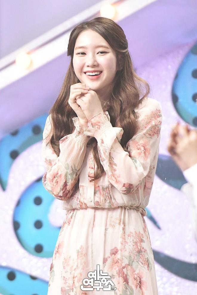 Cứ lo Chị Đẹp có tuổi thì lép vế, thế nhưng chị vẫn đẹp bất chấp cả khi đụng hàng với loạt sao Hàn khác - Ảnh 8.