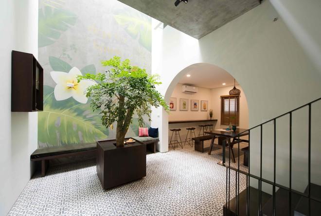 Ngắm ngôi nhà nhiều phòng ngủ mà phòng nào cũng đẹp như tranh vẽ ở Quảng Ninh - Ảnh 1.