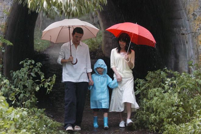 Xem 2 phim siêu hot chị Đẹp Son Ye Jin đang đóng, để ý thấy chiếc ô màu đỏ chính là bùa may mắn của chị rồi - Ảnh 5.