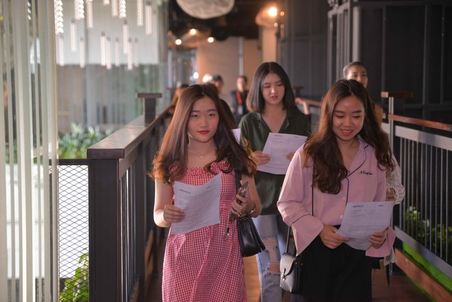 Người mẹ 61 tuổi của Hoa hậu Hương Giang đến casting show hẹn hò gây tranh cãi - Ảnh 9.