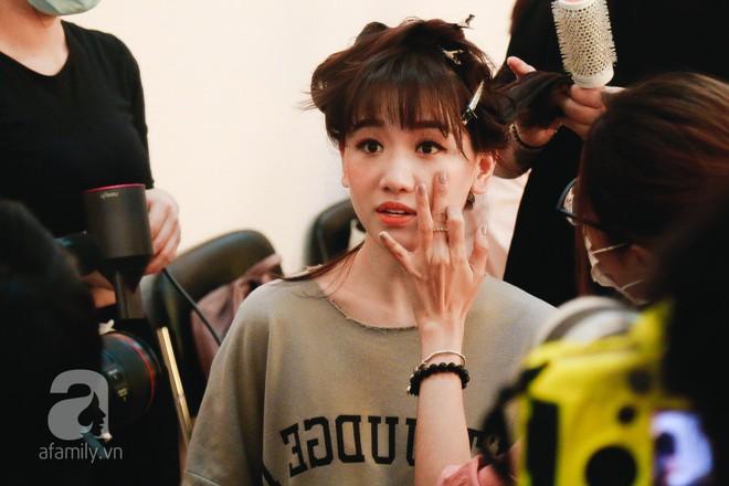 Hari Won mở màn show Sao Lộ Mặt bằng tiết lộ gây cười về cuộc sống hậu hôn nhân - Ảnh 3.