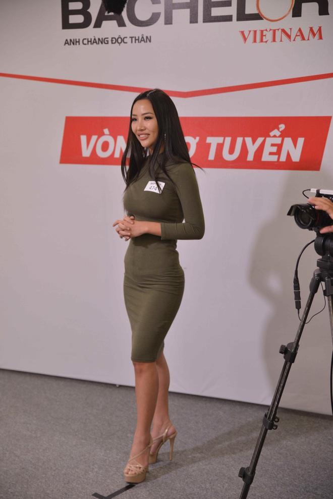 Người mẹ 61 tuổi của Hoa hậu Hương Giang đến casting show hẹn hò gây tranh cãi - Ảnh 8.