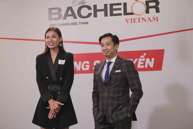 Người mẹ 61 tuổi của Hoa hậu Hương Giang đến casting show hẹn hò gây tranh cãi - Ảnh 13.