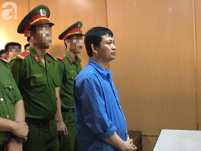Con trai tố cha giết chết mẹ rồi chở xác về quê, VKS đề nghị mức án tử hình dành cho hung thủ - Ảnh 1.