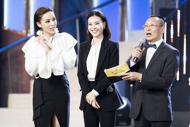 Nhà báo Lại Văn Sâm hóa bố già chất lừ bên Hoa hậu Kỳ Duyên  - Ảnh 3.