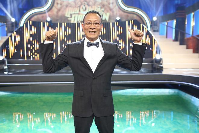 Nhà báo Lại Văn Sâm hóa bố già chất lừ bên Hoa hậu Kỳ Duyên  - Ảnh 5.