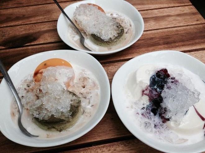 Sài Gòn vẫn chưa chịu hạ nhiệt, thôi thì hãy tìm đến những hàng bánh flan nổi tiếng này để xua tan cái nóng đi nào - ảnh 14