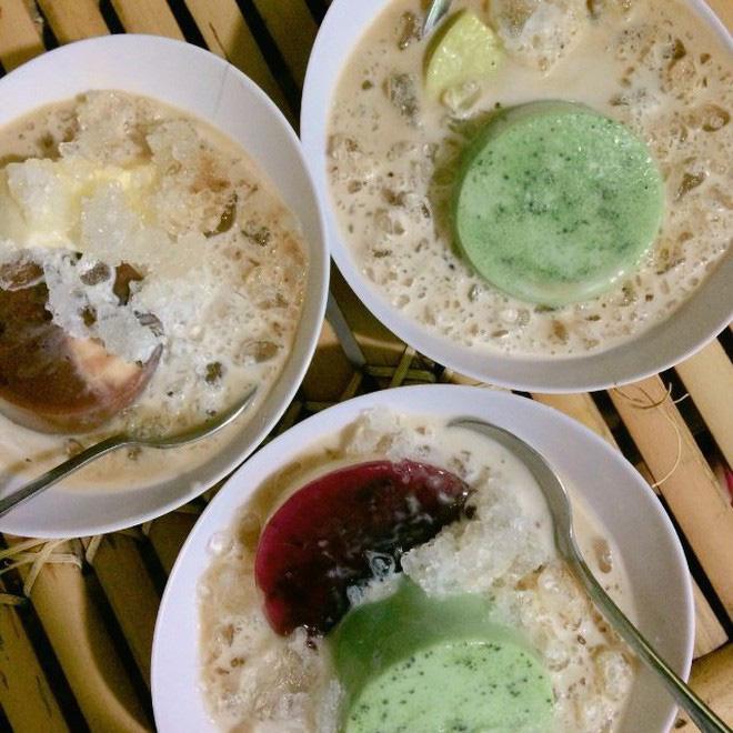 Sài Gòn vẫn chưa chịu hạ nhiệt, thôi thì hãy tìm đến những hàng bánh flan nổi tiếng này để xua tan cái nóng đi nào - ảnh 18