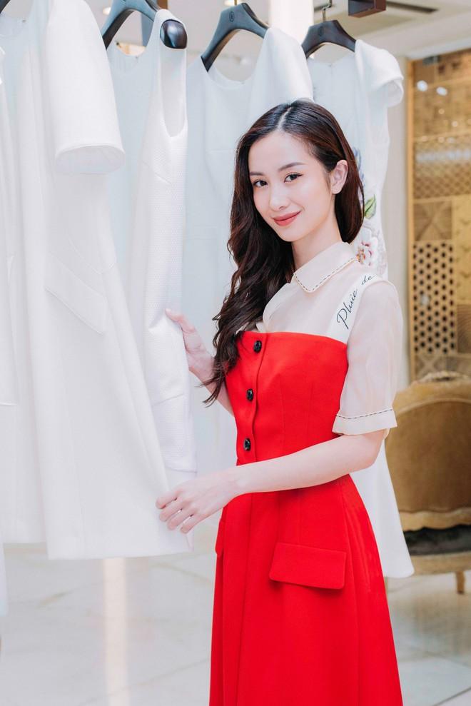 Angela Phương Trinh bất ngờ kín đáo, thanh lịch như quý cô - Ảnh 8.