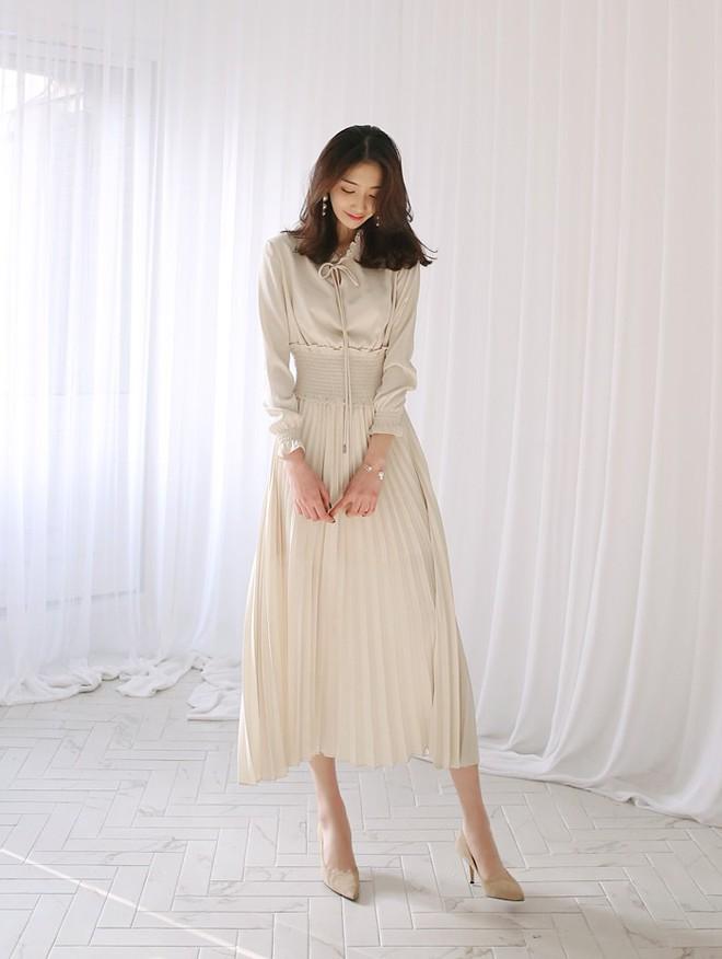 Thú nhận đi nào, có phải cứ đến hè là các nàng lại mê mệt 7 mẫu váy liền siêu xinh này - Ảnh 5.