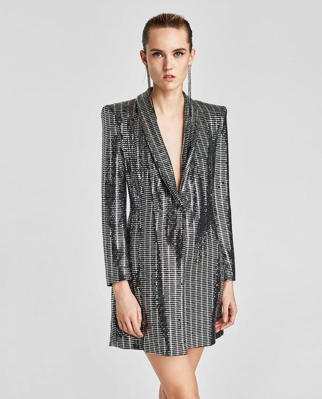 Một bộ đầm của Zara giá 2,5 triệu mà cả Võ Hoàng Yến, Mâu Thủy và loạt sao Hollywood thi nhau diện - Ảnh 8.