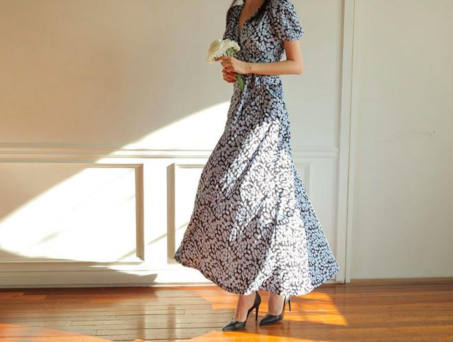 Thú nhận đi nào, có phải cứ đến hè là các nàng lại mê mệt 7 mẫu váy liền siêu xinh này - Ảnh 12.