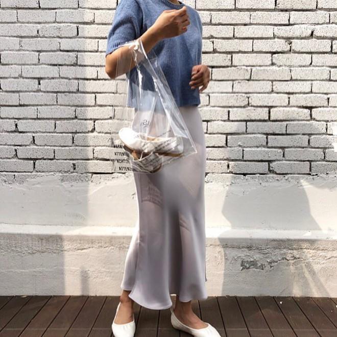 Mùa hè năm nay, túi xách trong suốt chắc chắn sẽ trở thành hot trend - Ảnh 6.