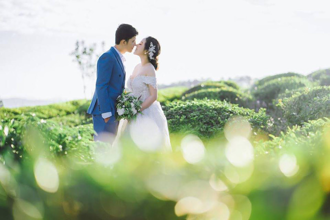 Cô dâu Bến Tre chịu chơi chi 200 triệu diện váy cưới phát sáng để lộng lẫy giống công chúa trong đám cưới - Ảnh 14.