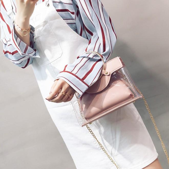 Mùa hè năm nay, túi xách trong suốt chắc chắn sẽ trở thành hot trend - Ảnh 7.
