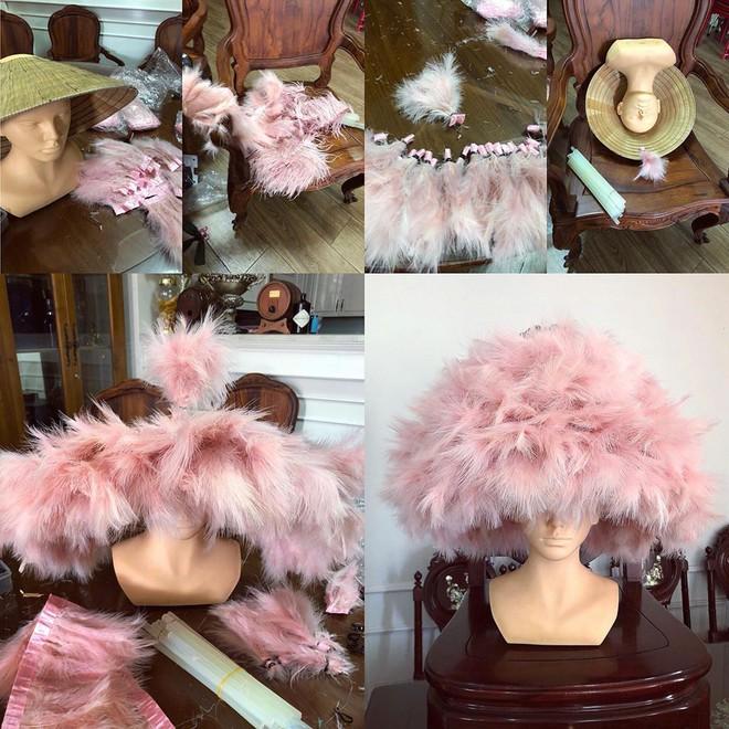 Chặt chém thảm đỏ bằng chiếc mũ lông to bự, nhưng ý tưởng này của Angela Phương Trinh lại nhìn quen quá đi thôi  - Ảnh 5.