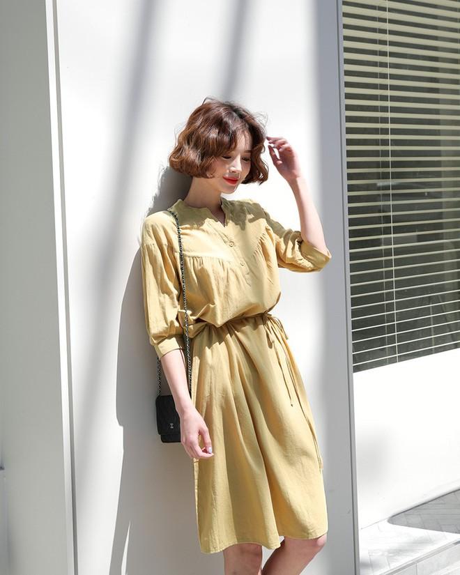 Những chiếc váy vải thô đũi xinh xẻo này sẽ món đồ cực hợp diện cuối tuần  - Ảnh 4.