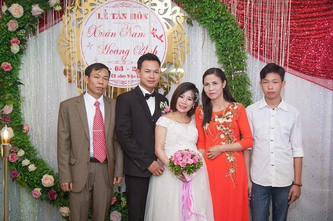 Nàng dâu ôm bụng bầu 8 tháng lên xe hoa với nỗi sợ bố mẹ chồng không ưa, ai dè lại được cưng chiều hết nấc - Ảnh 3.
