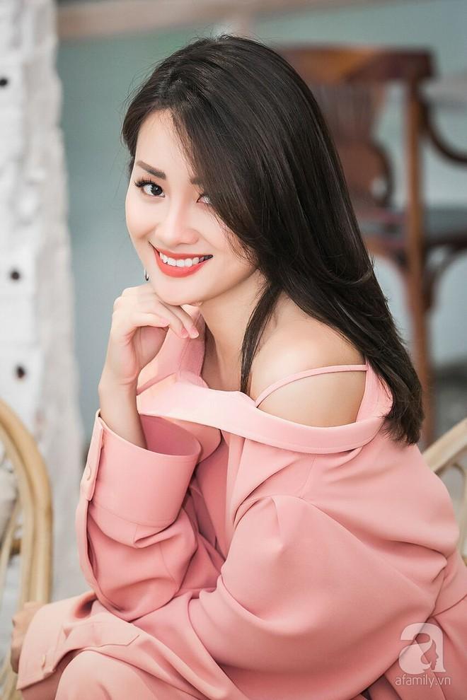 MC Quỳnh Chi: Nếu đưa cho tôi hợp đồng 1 tỷ với điều kiện tôi đừng quen Thùy Dung nữa thì tôi xin phép từ chối - Ảnh 9.