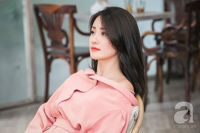 MC Quỳnh Chi: Nếu đưa cho tôi hợp đồng 1 tỷ với điều kiện tôi đừng quen Thùy Dung nữa thì tôi xin phép từ chối - Ảnh 2.