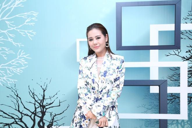 Hậu chia tay Bảo Anh, Hồ Quang Hiếu tình bể bình với kiều nữ làng hài - Ảnh 1.