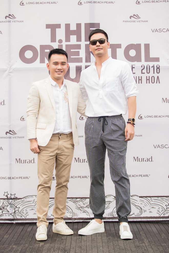 Nhã Phương, Đông Nhi, Phạm Hương cùng dàn sao khoe sắc tại show diễn giữa Vịnh Hạ Long của NTK Lê Thanh Hòa - Ảnh 8.