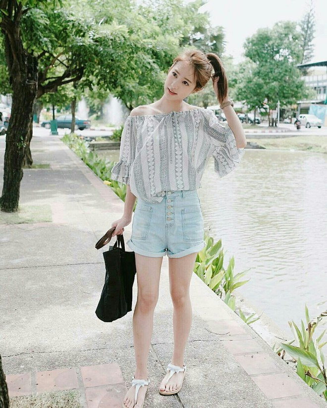 4 kiểu giày/dép bệt luôn sẵn lòng kết thân với quần shorts để ra đúng chất mùa hè - Ảnh 19.